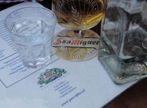 drinking San Miguel at Paso Doble in De Jordaan